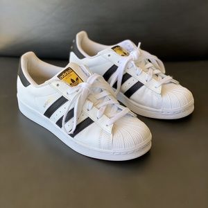 Adidas superstar shoes, size: US 6